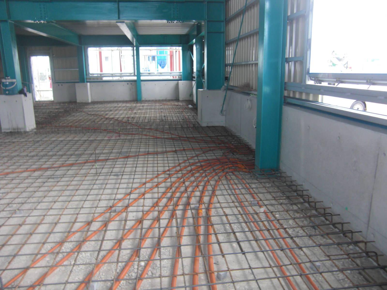 共信電気 工場の床配筋