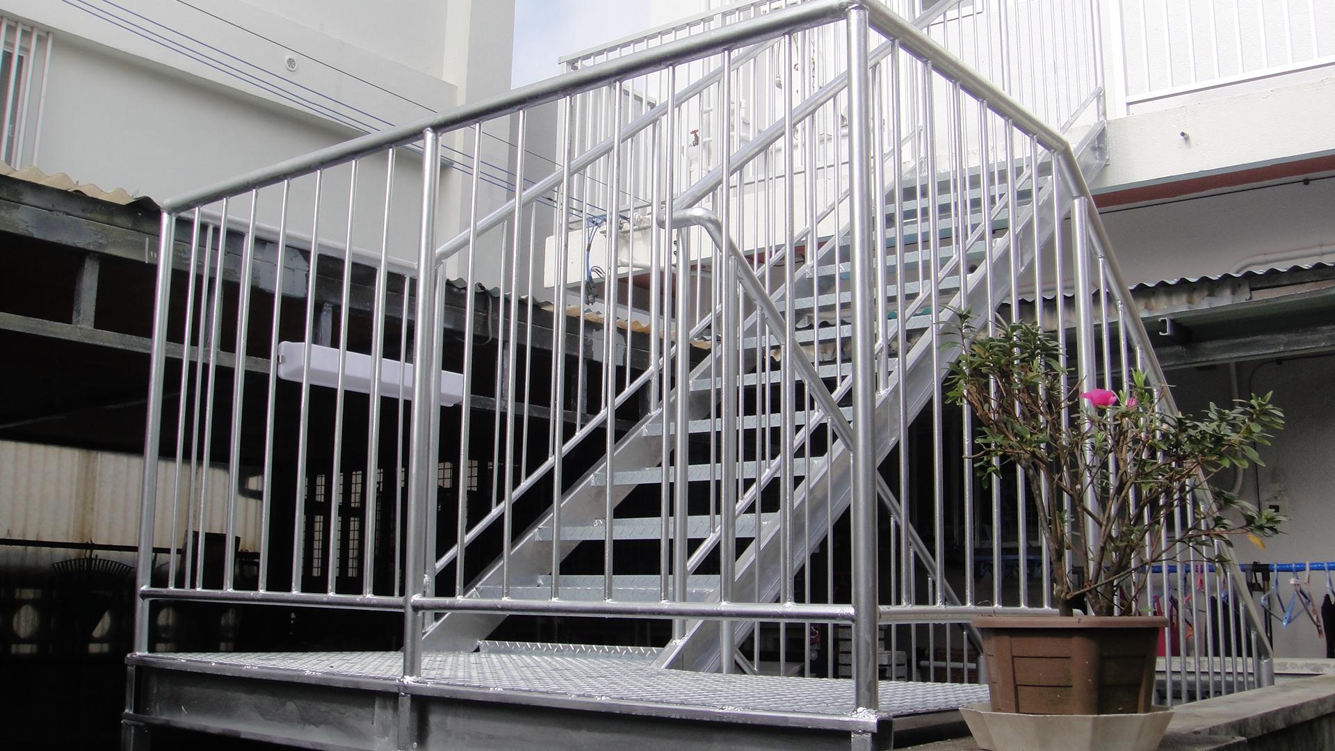 M様邸のスチール製外階段